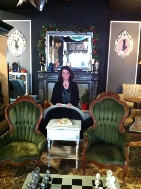 katherine-quevedo-at-clockwork-rose-tea-emporium